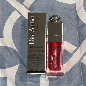Dior lip oil- 015 Cherry